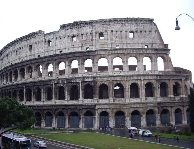Италия   Rim. Colosseum