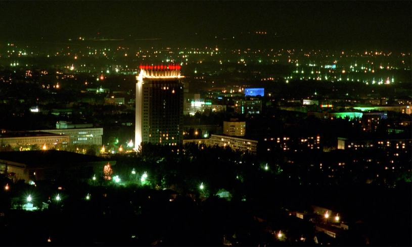 Казахстан | ночной Алматы