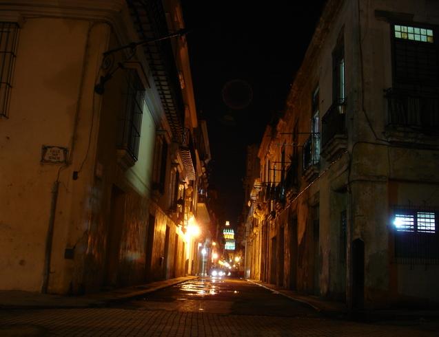 Куба   Старая Гавана ночью