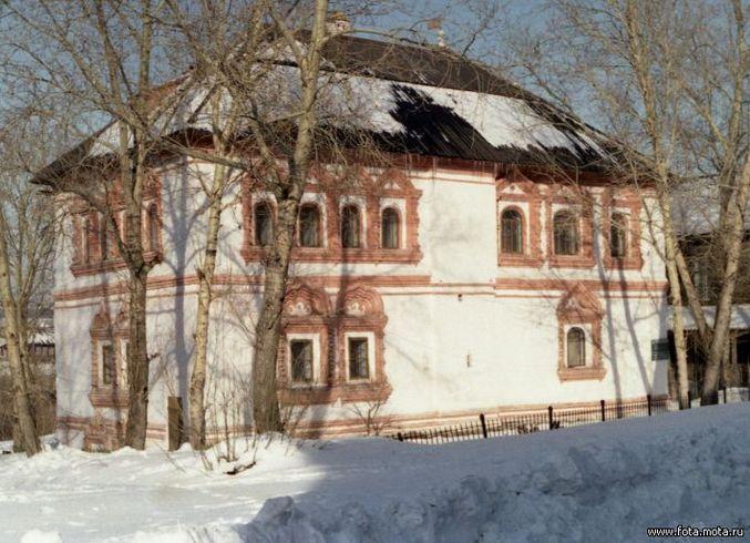 Россия | Пермский край, г. Соликамск.<br>Дом воеводы (1688 г.) на ул. Набережная, 84.