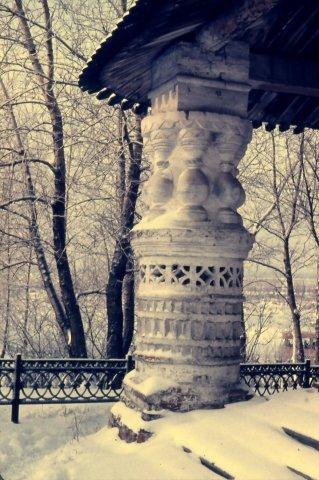 Россия | Пермский край, г. Соликамск.<br>Фрагмент декоративного оформления главного входа в Троицкий собор (1684—1697).