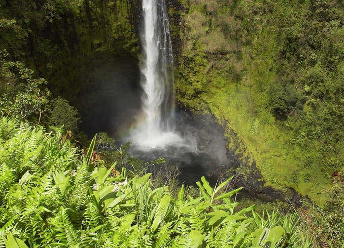 США | Водопад. Гаваи.