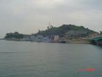 | это военный корабль исторический воевавший в 2 мировой войне сделано в США воевал у берегов Кореи  против Японии. До 1976 г.нес боевое дежурство в Тихим океане в составе ВМС Кореи.