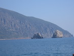 | Крым.Гурзуф. Гора Аю-Даг и горы-близнецы Адалары.