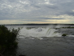 | Горло Диавола. Провинция Мисионес. Находяться близко от Водопада Игуасу.