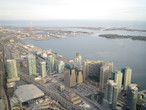 | Перспектива с телебашни, Торонто. За горизонтом - Америка