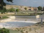 | Помокале-район бассейна Клеопатры. Руины древнего города